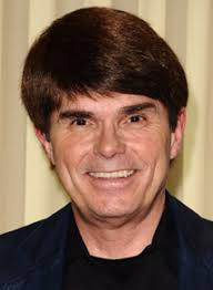 ... another panel I surprisingly, really enjoyed and that was Dean Koontz. - koontz__121017164640
