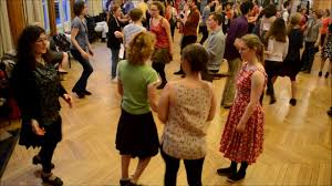 American <b>Contra</b> Dance in Paris