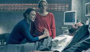 'The Handmaid's Tale,' Elisabeth Moss ineligible for 2019 Emmy ...