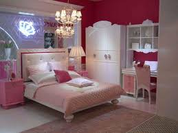 youth bedroom sets girls: girls bedroom furniture sets with rose bedcover design with wooden floor and mini barbie house within