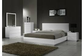 platform bedroom furniture sets