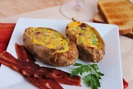 Картинки по запросу Как приготовить вкусные лодочки из картошки в мундире с начинкой