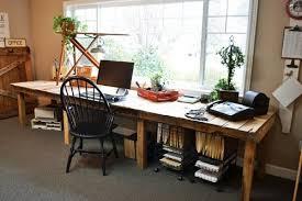 large diy desk of reclaimed wood pallets via shelterness diy home office desk recycled