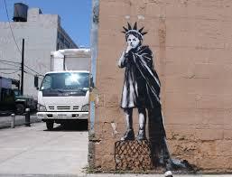 Risultati immagini per immagini di graffiti celebri nel mondo