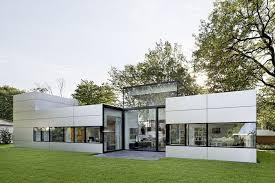 Single Story Modern House Designs  kerala house designs bungalow    Single Story Modern House Designs