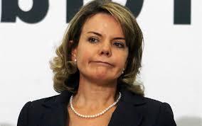 Resultado de imagem para senadora gleisi