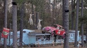 Bizarre But Clever Christmas Decorations | Mental Floss