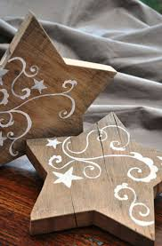 best ideas about wooden stars barn wood projects we ve offered reclaimed wooden stars wrapped as a stack of 3 s m l out for last year they re def on the returning list for this year new for