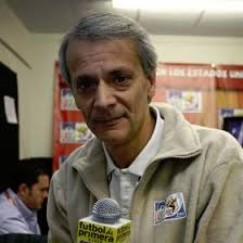Javier Castrilli (Buenos Aires, 1957) fue árbitro de primer nivel durante ... - 1276583232_740215_0000000001_noticia_normal