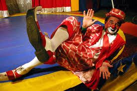 Resultado de imagem para palhaco no circo