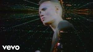 <b>Grace Jones</b> - Pull Up To The Bumper - YouTube