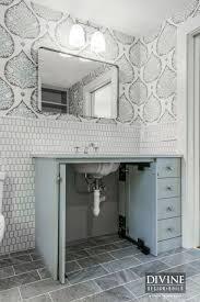 coastal bathroom designs: gray and white bathroom design ideas