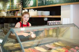 where to jobs for 14 and 15 year olds teen girl working in ice cream shop
