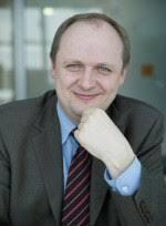 <b>Dr. Matthias Köppel</b>. Dipl.-Kaufmann und Praxisdozent. Schwerpunkte: - matthias_koeppel