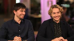 m3 extended interview reign stars toby regbo torrance m3 extended interview reign stars toby regbo torrance coombs