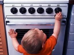 وسائل السلامة داخل المنزل والمطبخ خاصة  Images?q=tbn:ANd9GcQEjabfblLehRLz47wcxcgdbMc3qCJfhaKL5RmFvGVi8bfF7ty72g&reload=on