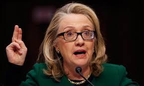 Hillary Clinton roept weerstand op bij haar tegenstanders – Wel populair onder vrouwen - hillary-clinton-testifies-011