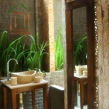 design unique bathroom ideas mesmerizing tropical bathroom decor ideas tall mirror small unique nat