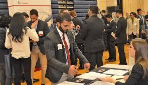 Abington Career Services prep students for job fair success   Penn