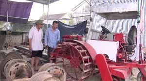 (VTC14)_Nông dân xứ Nghệ tự chế máy cày đa năng - YouTube