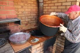 photo essay an italian family tradition tomato sauce making day 7197