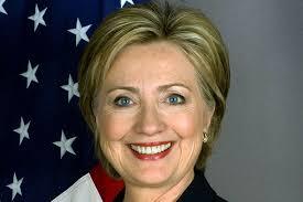A secretária de Estado do governo americano, Hillary Clinton, trabalhará de casa por recomendação médica. Em decorrência de um vírus estomacal, ela desmaiou ... - hillary-clinton