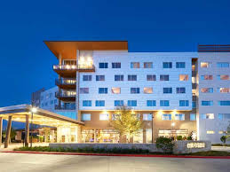 The Stella Hotel: Hotels in Bryan TX | Official Site