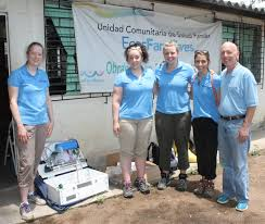 ut college of engineering news blog archive freshman design left to right kayla piezer lisa young alison haas kylee kramer and glenn lipscomb the water purification unit that the students constructed in