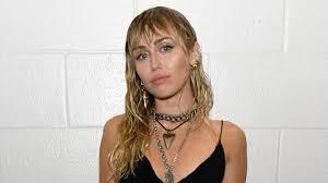 Miley Cyrus Has a <b>New</b> Tattoo That Sure Seems to Reference <b>Liam</b> ...