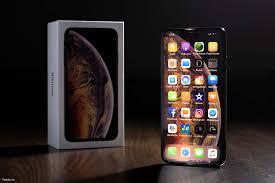 Trên tay iPhone Xs Max: màn hình to, mạnh mẽ, màu sắc sang trọng ...