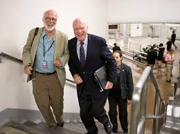 details david hume kennerly washington 10 david hume accompanies senator pat leahy as he