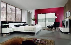 غرف نوم مودرن للازواج تهبل , غرف نوم عصرية ساحرة images?q=tbn:ANd9GcQHKYHNa2IcCohJBZu57QcAqrGg1DRUjVeh5GlHOR2r3699re5v