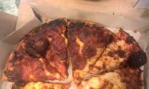 pizza hut corporate complaints number com giordano pizza is way better than what we got and out the bad customer service never again will we have pizza at pizza hut never