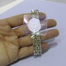 wedding flowers bracellete wrist corsage bridesmaid bracelet flower fleur demoiselle dhonneur bridemaids