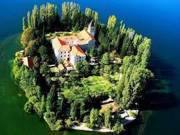 %name سفر به کرواسی، کشوری با حال و  هوای دلربای قرون وسطایی