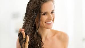 <b>Несмываемый кондиционер для волос</b>: 4 вида и обзор ТОП-5 ...