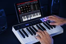 <b>IK Multimedia iRig</b> Keys I/O – линейка ультракомпактных ...