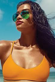 Shanina <b>Shaik</b> Hits the Shores of Sunny Tulum for Revolve ...