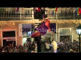 FL: <b>NEW</b> YEAR'S EVE SHOE DROP IN KEY WEST - YouTube