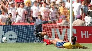 Liga Europa  - Gol bunuh diri paling gila!