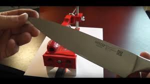 """<b>Точилка для ножей</b> """"ЖУК"""". Заточка кухонного ножа - YouTube"""