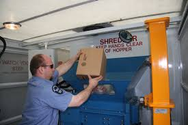 tips papers to keep papers to shred at bbb shred day  shredding sensitive but outdated papers like credit card statements canceled checks and other financial papers