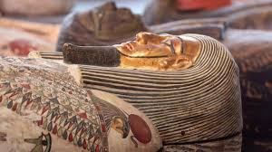 <b>Mummy</b> count continues to grow at ancient Egypt burial site | Live ...