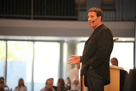 how tony robbins changed my life   more wealth  amp  healthunleash the power within was the four day event that radically changed my life forever