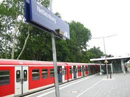 Nettelnburg station