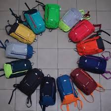 <b>Рюкзак Quechua</b> (Франция) <b>водонепроницаемый</b> и удобный ...