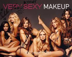 victorias secret models group loooove the makeup