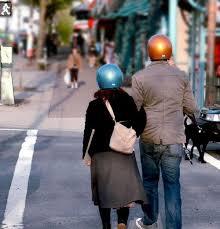 ¿Casco para peatones para reducir consecuencias de atropellos?