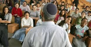 """اعرف عدوك :"""" المجتمع الصهيوني من الداخل"""" - صفحة 2 Images?q=tbn:ANd9GcQJ3vujDSnmimSuJMM3RQjAULz2wilqlaVXV0KsZkP6s8olulG-XA"""