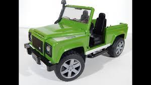 Собираем машинку <b>BRUDER Land Rover</b> Defender - YouTube